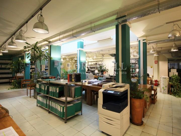 Oficina en venda en planta principal. C.Casp. Barcelona. #2