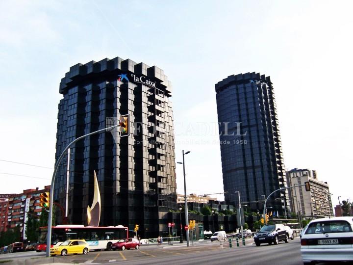 Oficina disponible en lloguer situada  al districte de les Corts de Barcelona. #6