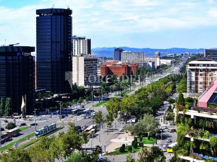 Oficina disponible en lloguer situada  al districte de les Corts de Barcelona. #7