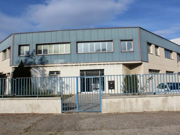 Nau industrial en venda de 2.273 m² - Montcada i Reixac, Barcelona 1