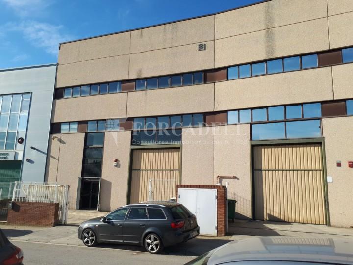 Nau industrial en venda de 660 m² - Ripollet, Barcelona. 1