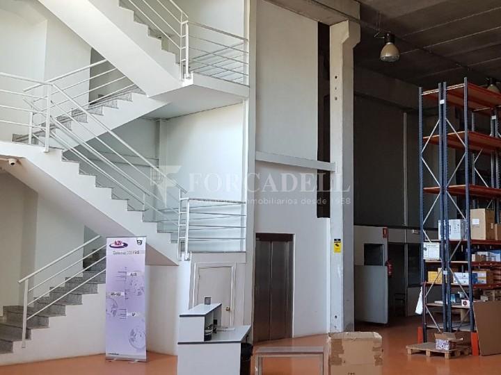 Nau industrial en venda de 660 m² - Ripollet, Barcelona. 6