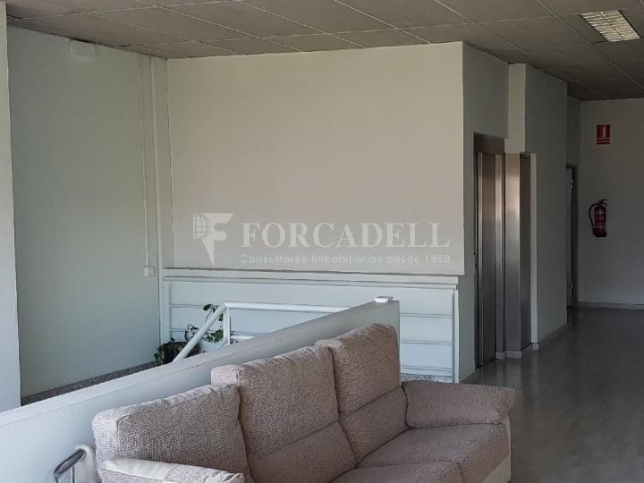 Nau industrial en venda de 660 m² - Ripollet, Barcelona. 8