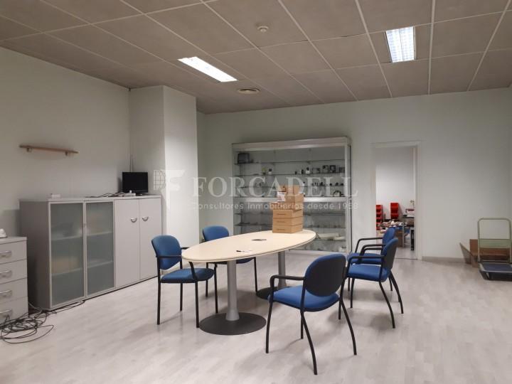 Nau industrial en venda de 660 m² - Ripollet, Barcelona. 9