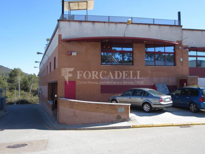Nau industrial en venda de 2.400 m² - La Palma de Cervelló, Barcelona #1