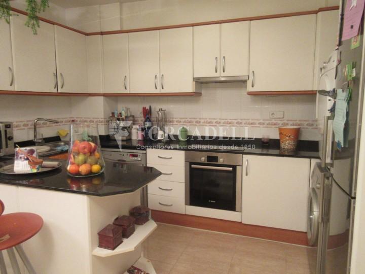 Pis en venda a Parets del Vallès dúplex amb 3 habitacions, 2 banys i 2 salons 12