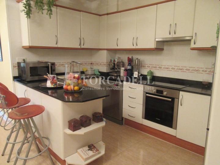 Pis en venda a Parets del Vallès dúplex amb 3 habitacions, 2 banys i 2 salons 13