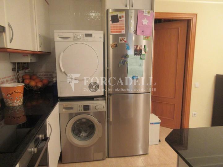Pis en venda a Parets del Vallès dúplex amb 3 habitacions, 2 banys i 2 salons 14