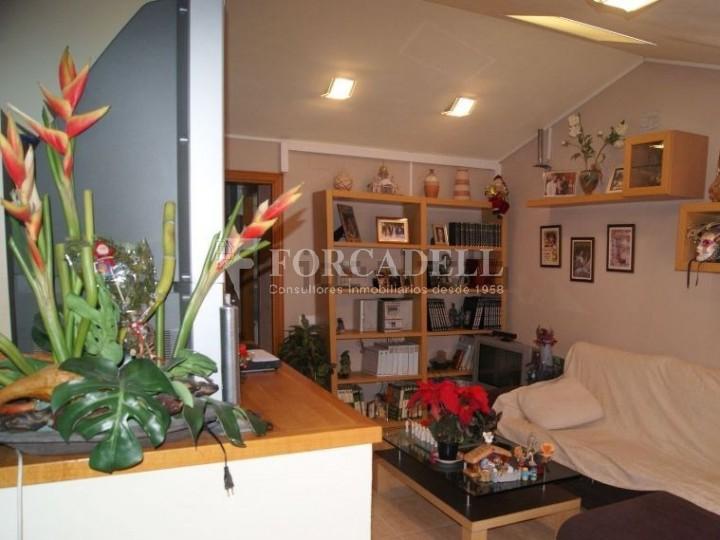 Pis en venda a Parets del Vallès dúplex amb 3 habitacions, 2 banys i 2 salons 23