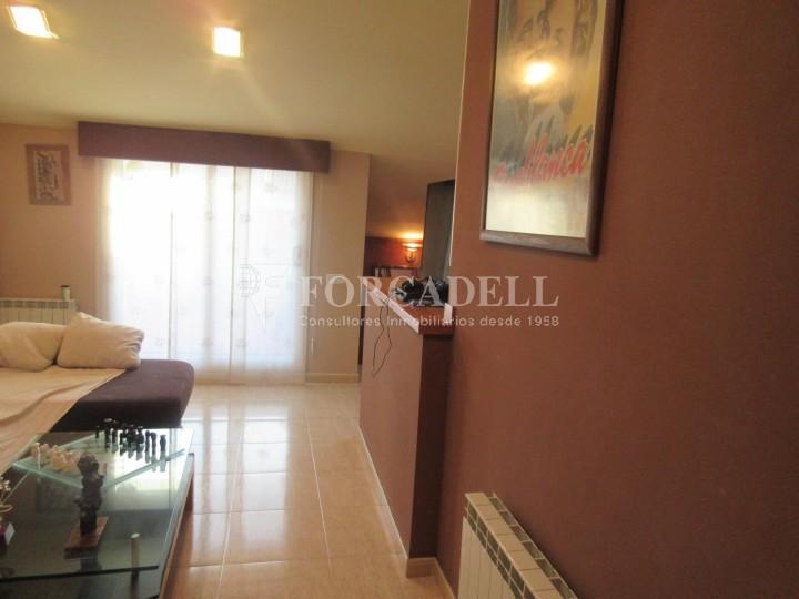 Pis en venda a Parets del Vallès dúplex amb 3 habitacions, 2 banys i 2 salons 25