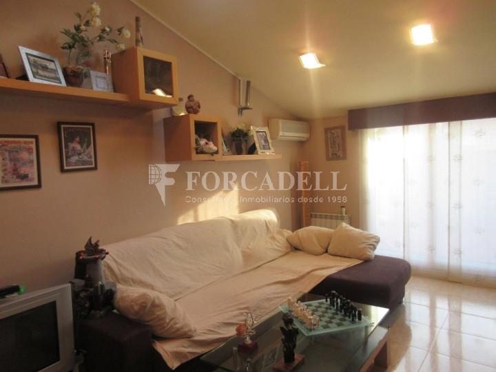 Pis en venda a Parets del Vallès dúplex amb 3 habitacions, 2 banys i 2 salons 26
