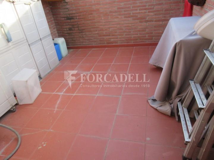 Pis en venda a Parets del Vallès dúplex amb 3 habitacions, 2 banys i 2 salons 28