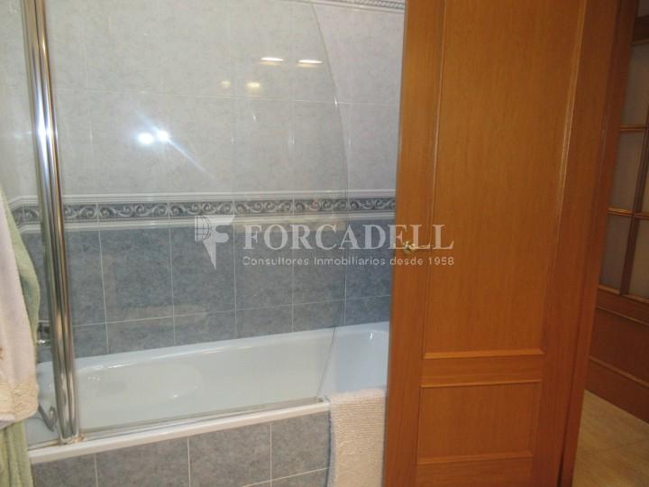 Pis en venda a Parets del Vallès dúplex amb 3 habitacions, 2 banys i 2 salons 34