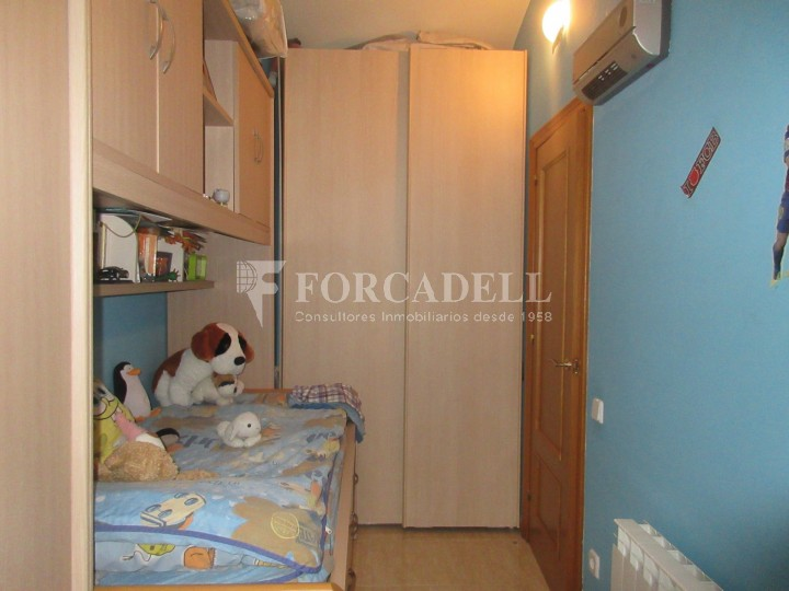 Pis en venda a Parets del Vallès dúplex amb 3 habitacions, 2 banys i 2 salons 36