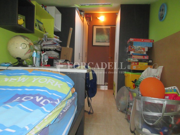 Pis en venda a Parets del Vallès dúplex amb 3 habitacions, 2 banys i 2 salons 37