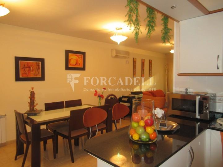 Pis en venda a Parets del Vallès dúplex amb 3 habitacions, 2 banys i 2 salons 5