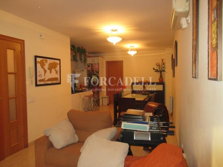 Pis en venda a Parets del Vallès dúplex amb 3 habitacions, 2 banys i 2 salons 8