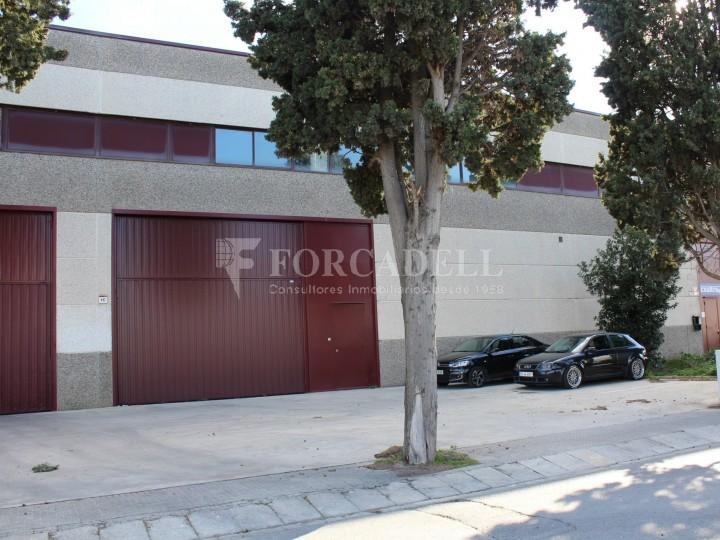 Nau industrial en venda o lloguer de 918 m² - Gavà, Barcelona #1