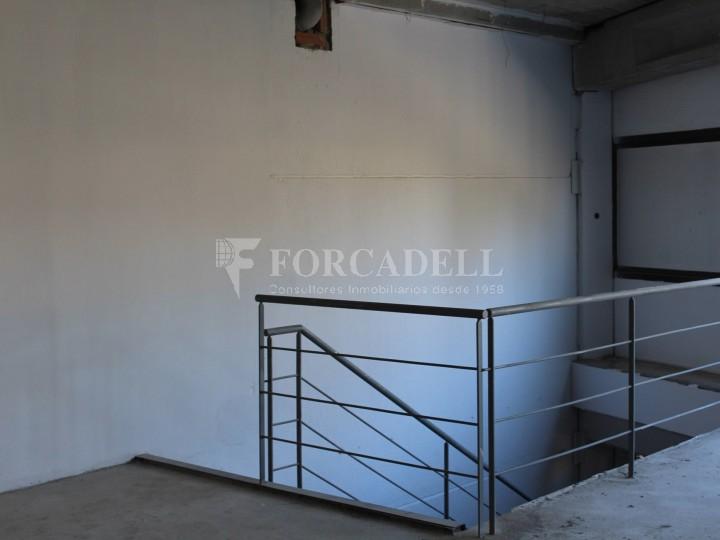 Nau industrial en venda o lloguer de 918 m² - Gavà, Barcelona #4