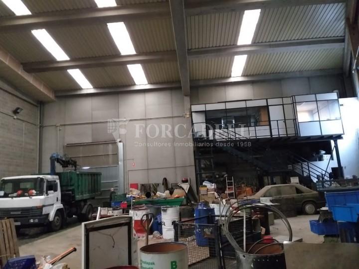 Nave industrial en venta de 479 m² - Montornes del Vallès, Barcelona.  #4