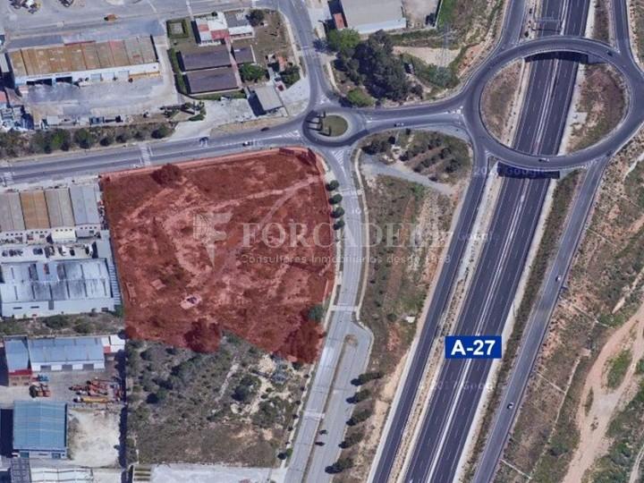 Solar industrial en venta de 12.498 m² - Tarragona 2