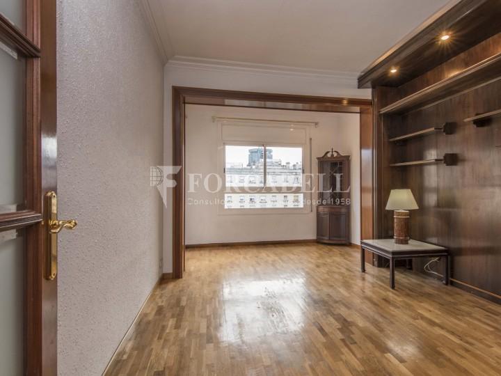 Fantàstic pis de 106 m² segons cadastre al barri de Sarrià i al districte de Sarrià-Sant Gervasi. 2