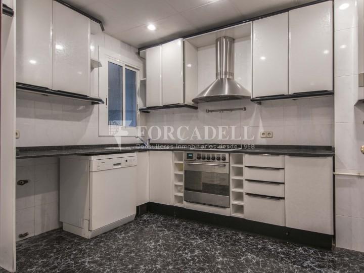 Fantàstic pis de 106 m² segons cadastre al barri de Sarrià i al districte de Sarrià-Sant Gervasi. 12