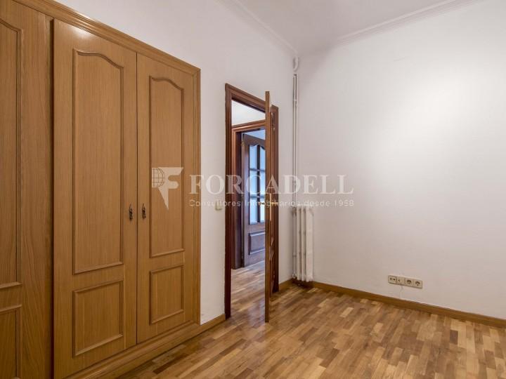 Fantàstic pis de 106 m² segons cadastre al barri de Sarrià i al districte de Sarrià-Sant Gervasi. 25