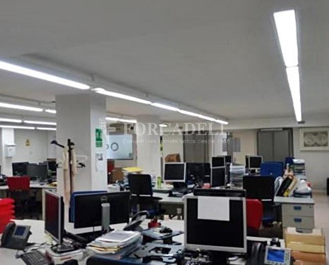 Oficina en venda en planta baixa al districte de Gràcia. Barcelona. #2