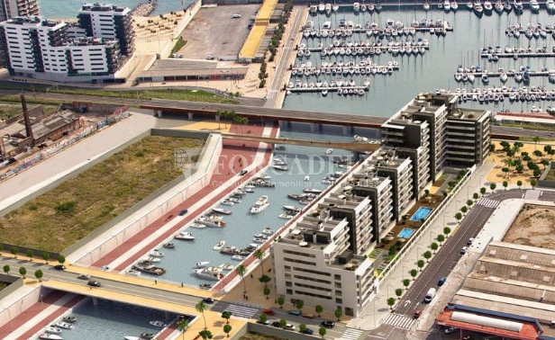 Local d'obra nova a La Marina de Badalona. Barcelona. 3