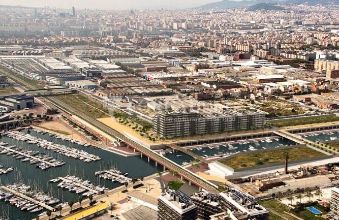 Local d'obra nova a La Marina de Badalona. Barcelona. 4