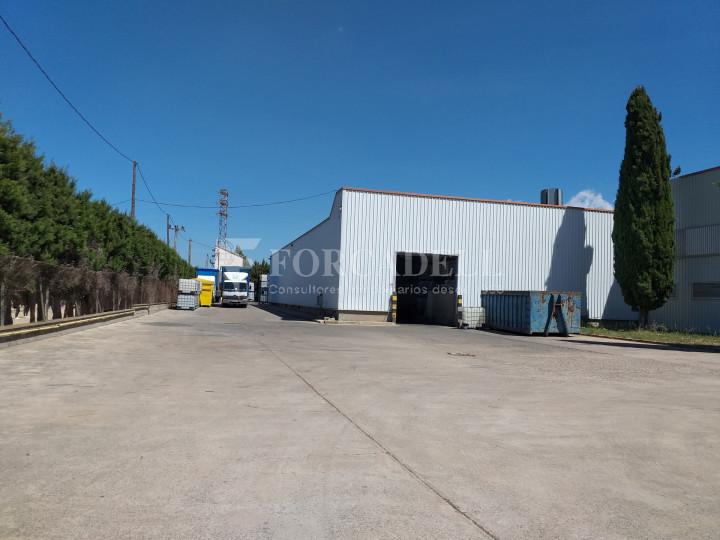 Nave industrial en venta de 3.943 m² - Canovelles, Barcelona 3