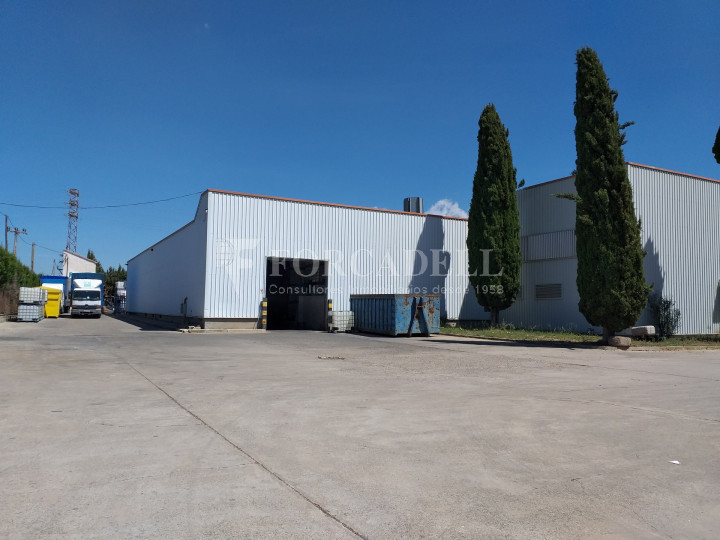 Nave industrial en venta de 3.943 m² - Canovelles, Barcelona 4