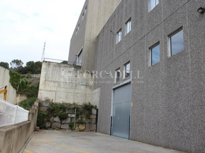 Nave industrial en venta de 1.215 m² - Montcada i Reixach, Barcelona. #9