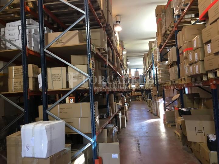 Edifici industrial en venda o lloguer d'3.256 m² - Sant Joan Despi, Barcelona  13