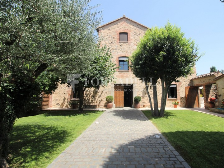Casa rústica en venda al centre de Cardedeu