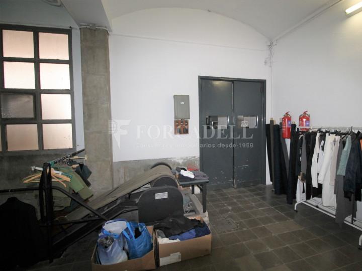 Nau industrial en venda de 1.250 m² - Terrassa, Barcelona. 6