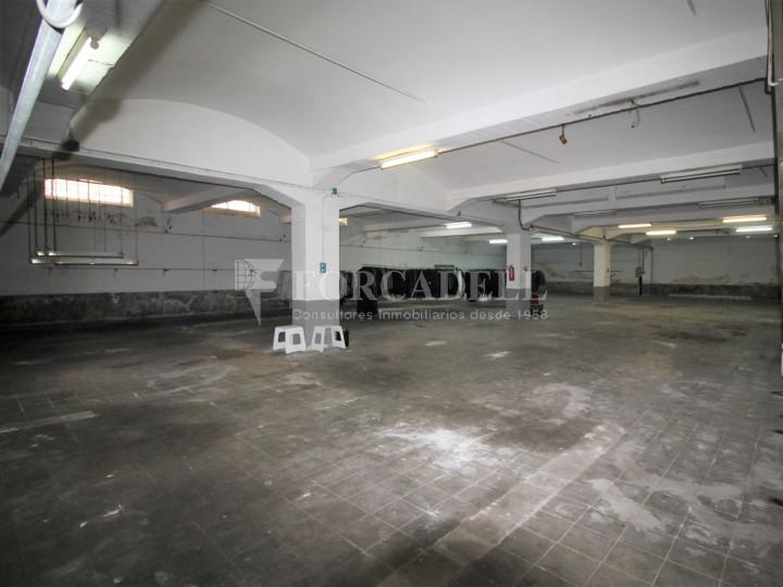 Nau industrial en venda de 1.250 m² - Terrassa, Barcelona. 8