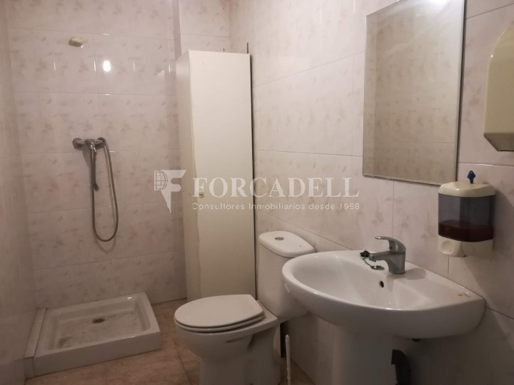 Local available a few meters from the center of Terrassa. Barcelona. 11