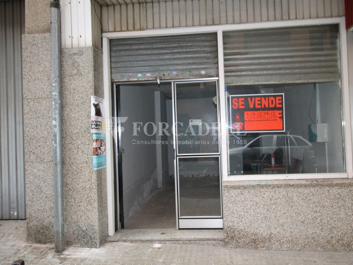 Commercial space available a few meters from Barcelona Avenue and Catalunya Square. Terrassa Barcelona. 1