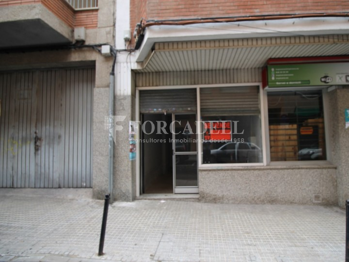 Commercial space available a few meters from Barcelona Avenue and Catalunya Square. Terrassa Barcelona. 9