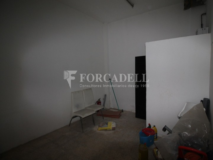 Commercial space available a few meters from Barcelona Avenue and Catalunya Square. Terrassa Barcelona. 7