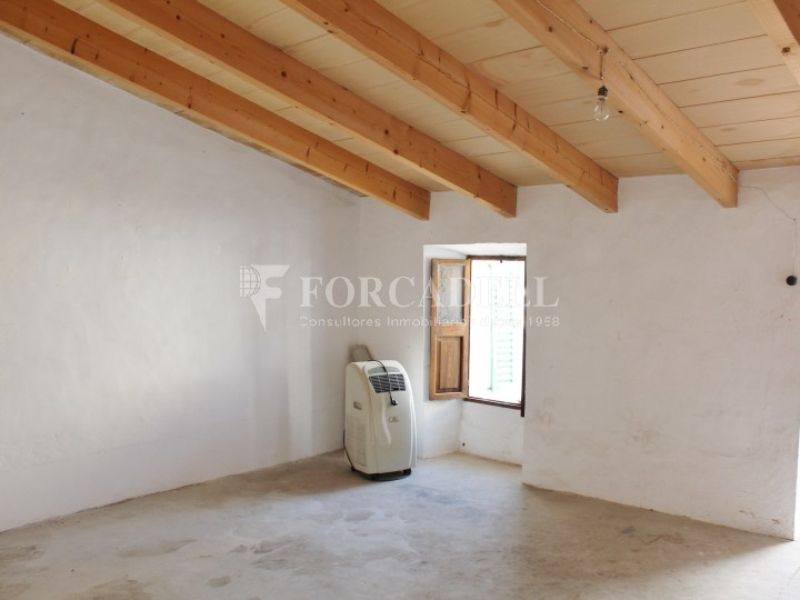 Casa tipica de poble en venda a Binissalem 16