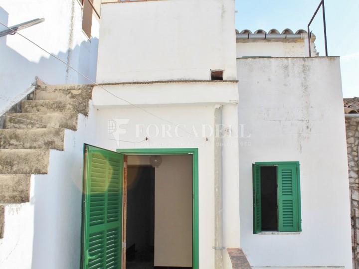 Casa tipica de poble en venda a Binissalem 18