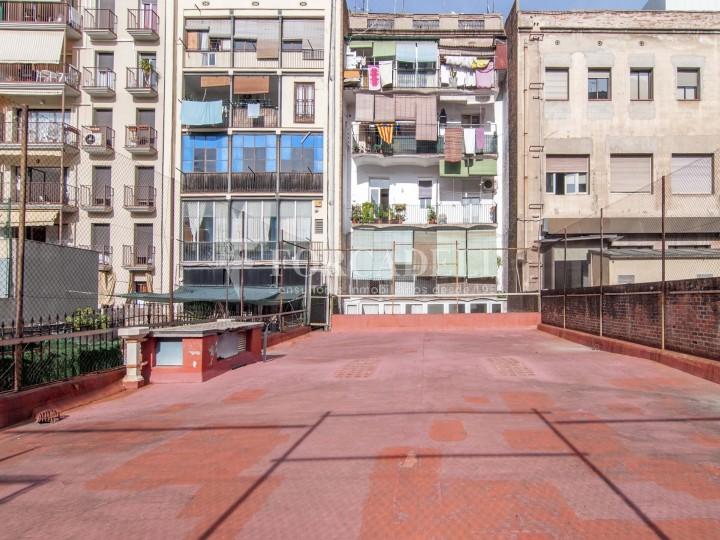 Local en lloguer acondicionat a Sant Antoni. Barcelona. Cod. 3128 #5