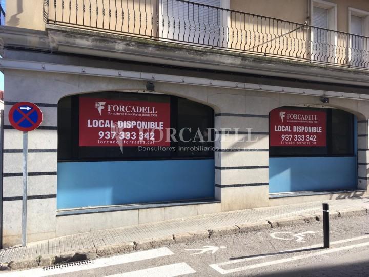 Local comercial cantoner en venda al centre de Terrassa. Barcelona.  1