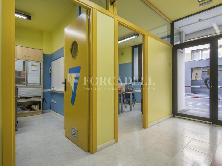 Corner commercial premises for sale in the center of Terrassa. Barcelona. 5