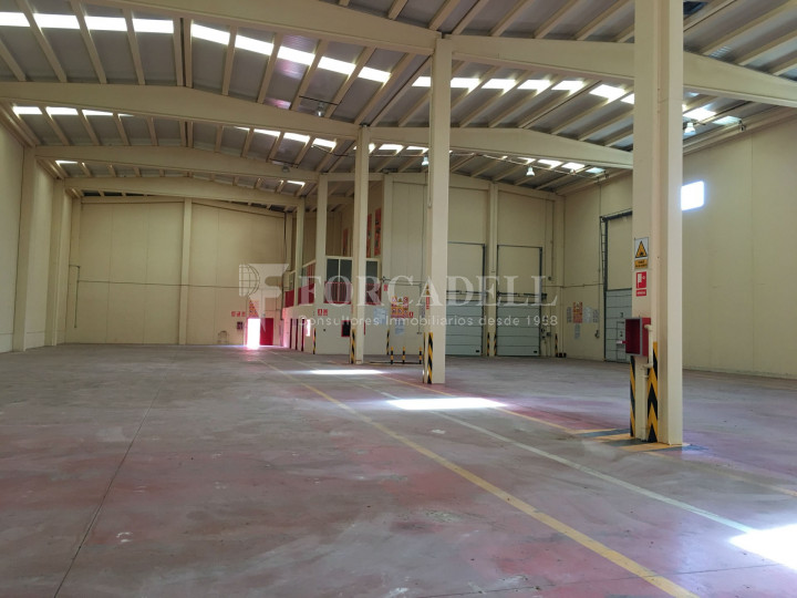 Nau industrial en venda de 2.765 m² - Collbato, Barcelona 9
