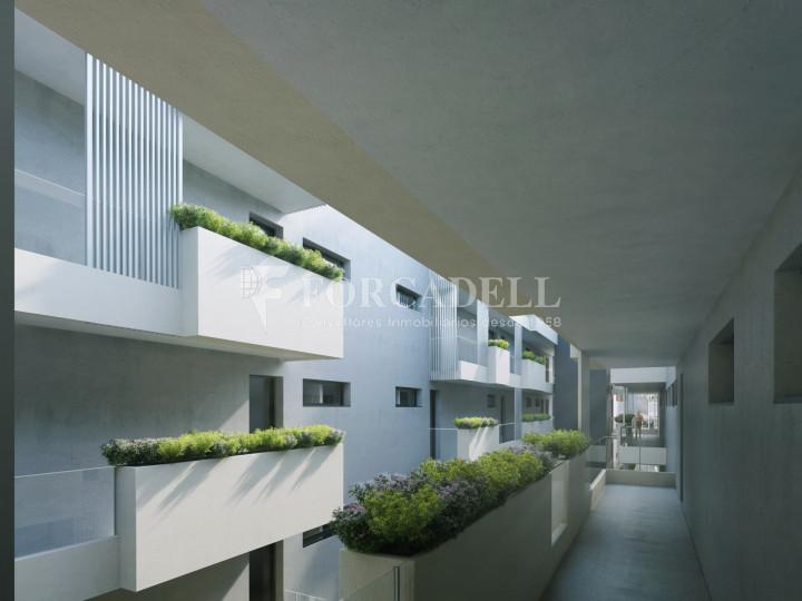 Pis de 61,23 m² més 10,27 m² de terrassa d'obra nova situat a la cinquena planta al centre de Sabadell 2