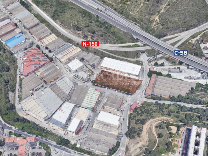 Solar industrial en venta de 5336 m² - Montcada i Reixach, Barcelona 2